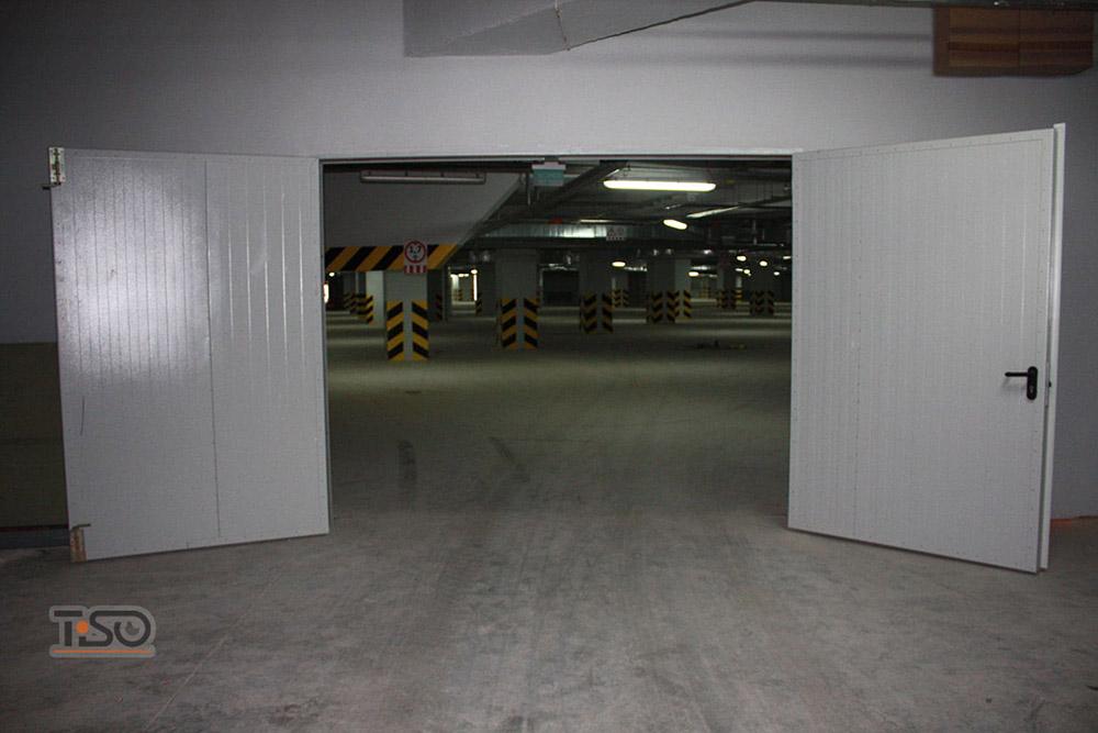 распашные ворота противопожарные для подземного паркинга